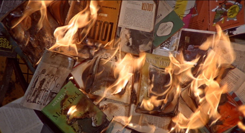 «451 ̊за Фаренгейтом» символічна химера чи гірка реальність?